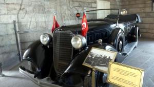 Ulu Önder Atatürk'ün Makam Aracı Restorasyona Alındı -