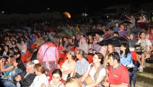 Bursa'da Tarihi Konser