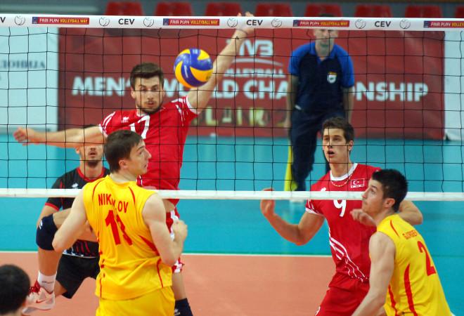 Erkekler Avrupa Ligi'nde Türkiye, Makedonya'ya 3-0 Yenildi