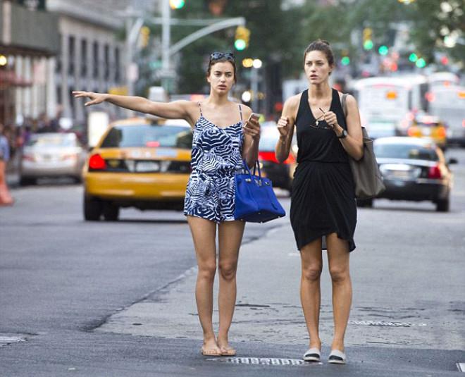İrina Shayk'ın Makyajsız Görüntüsü Şaşırttı