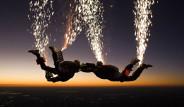 5 Bin Metrede Büyüleyici Paraşüt Gösterisi