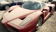 Dubai Sokaklarına Terk Edilmiş Lüks Otomobiller