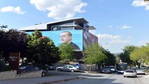 Başbakan'ın Seçim Ofisi Köşk'e Komşu Oluyor