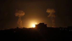 İsrail Gaze'yi Vurdu