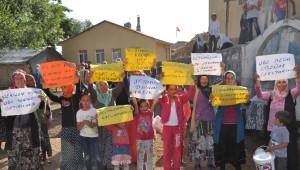 Suşehri'nde Köylülerden Su Eylemi