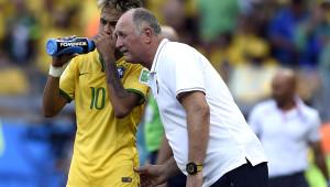 Brezilya'da 2 Maçta Yenilen 10 Gol ve Dünya Dördüncülüğü Scolari'nin Başını Yedi