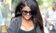 Selena Gomez Arapça Dövme Yaptırdı