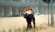 Başakşehir'de Mahsur Kalan Kadın Kurtarıldı