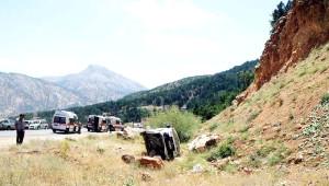 Göksun'da Yolcu Minibüsü Devrildi: 9 Yaralı