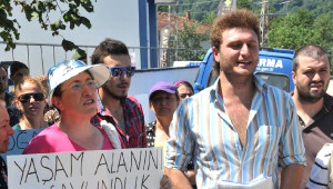 Hes Eylemine Katılan İki İşçi İşten Çıkarıldı, Yöre Halkı Tepki Gösterdi