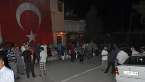 Yeniden) İzmir'e Şehit Ateşi Düştü