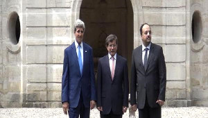 Dışişleri Bakanı Davutoğlu, Kerry ile Paris'te Bir Araya Geldi