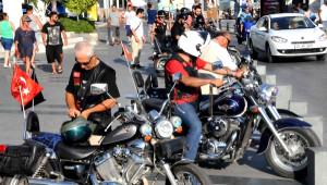 İki Motosikletlinin Öldürülmesi Bodrum'da Kınandı