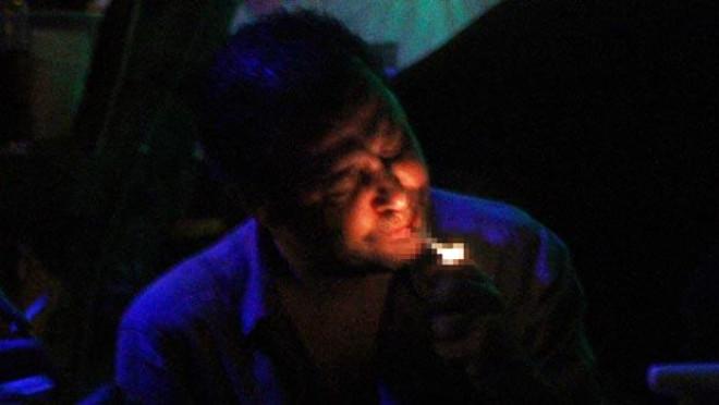 Nejat İşler Taburcu Olur Olmaz Alkol ve Sigara İçti