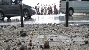 Dün Kaza Bugün Sel/ Kabataş Su Altında Kaldı