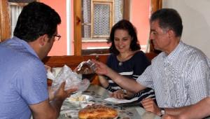 Tunus Büyükelçisi Tekaya'dan Bozkurt Belediye Başkanı Ekeş'e Ziyaret