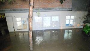 Yoğun Yağış Kocaeli'de Hayatı Olumsuz Etkiledi