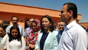 Silopi'ye Gelen Ezidiler, Deprem Konutlarına Yerleştirildi (4)