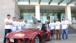 Üniversite Öğrencileri, Kornası Kişneme Olan Elektrikli Otomobil Üretti