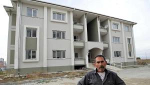 7 Yılda Bitirilemeyen Deprem Konutları İçin Ödeme Emri Gelen Depremzedeler Dava Açtı
