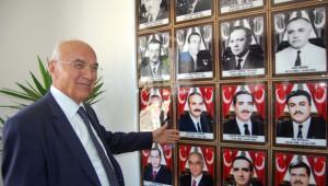 Bitlis Eski Valisi Yıldırım'dan Valiliğe Ziyaret