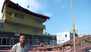 Fırtına Kocaeli'yi Vurdu, Evler ve Araçlar Zarar Gördü