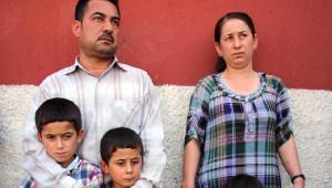 Ezidi Çift, Pasaportu Olmadığı İçin 6 Aylık Bebeklerini Bırakıp Geldi