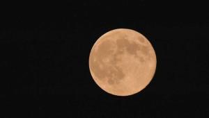 Dün Akşamki Süper Ay'dan 24 Süper Fotoğraf
