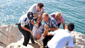 İntihara Kalkıştı, Sara Krizi Geçirince Kurtarıldı