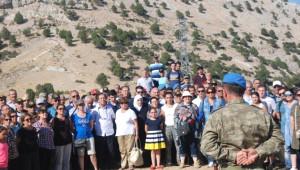 Askerlik Yaptıkları Yerleri Yıllar Sonra Ziyaret Ettiler