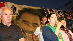 Dbp'nin Düzenlediği Festivale Gece PKK'lılar Geldi