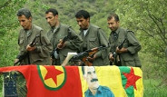 PKK'lılar Şengal'de Hatıra Fotoğrafı Çektirdi