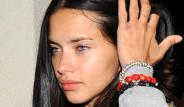 Adriana Lima Makyajsız Yakalandı