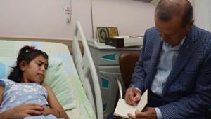 Başbakan Erdoğan Gazzeli Yaralıları Ziyaret Etti