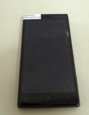 Lumia 830'un Detaylı Fotoğrafları Ortaya Çıktı