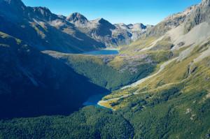 Yeni Zelanda'daki Dünyanın En Temiz Gölüyle Tanışın
