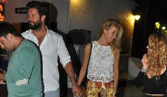 Burcu Esmersoy ve Sevgilisi El Ele Gecelerde Görüntülendi