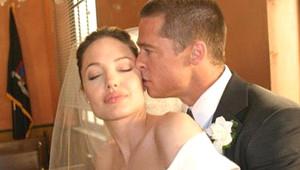 Ünlü Çiftin Düğününün Ayrıntıları Basına Sızdı