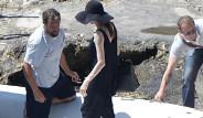Angelina Jolie Düğünden Sonra İlk Kez Görüntülendi