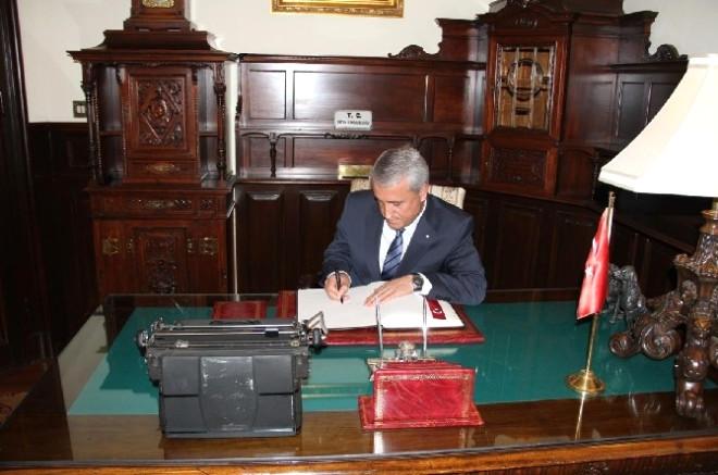Aöf'ün Bulgaristan Bürosu Açıldı