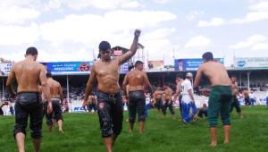 662. Tarihi Elmalı Yağlı Pehlivan Güreşleri'nde Final Günü
