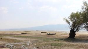 Vahşi Sulama' Işıklı Barajı Gölü'nü Kurutuyor