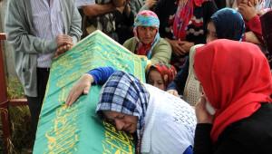 Asansör Faciasında Ölen Bilal Bal ve Murat Usta Giresun'da Toprağa Verildi