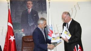 Mehmet Mustabasiç'ten Kağıthane Belediyesine Teşekkür Ziyareti