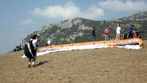 Gürsu'da 6'ncı Yamaç Paraşütü Festivali Başladı