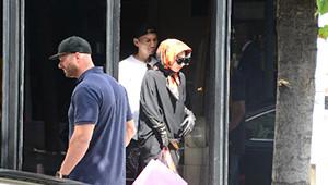 Lady Gaga, Nişantaşı Sokaklarında Pardesüyle Gezdi