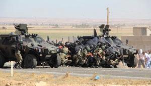 Şanlıurfa'da Askerler Eylemcilerin Arasında Kaldı