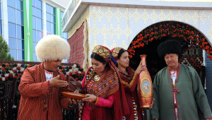 Berdimuhamedov: Türkmenistan'ı Sanayi Ülkesine Dönüştüreceğiz