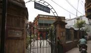 Hindular Ölecekleri Günü Otelde Bekliyor