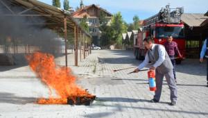 İtfaiyeden Telekom Personeline Yangın Eğitimi